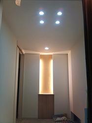 玄関照明器具