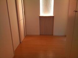 玄関ニッチ照明点灯